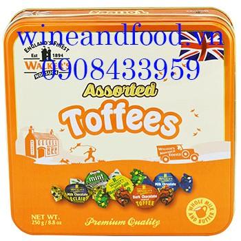Kẹo Toffees hỗn hợp Walker's 250g