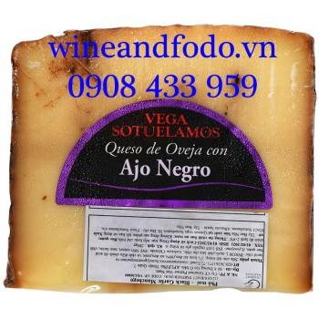 Phô mai cừu tỏi đen Vega Sotuelamos 200g
