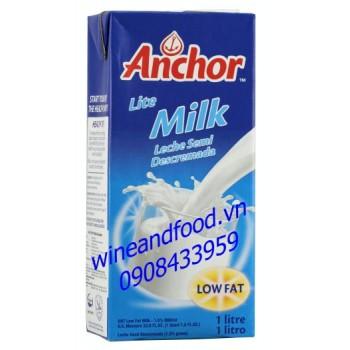 Sữa ít béo tiệt trùng Anchor 1l