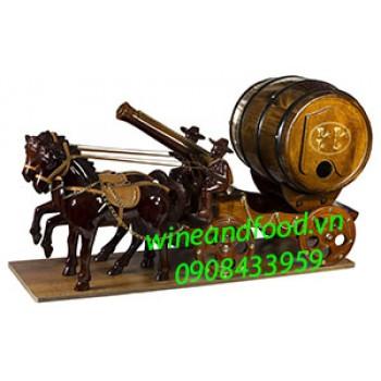Kệ rượu vang 2 ngựa kéo pháo trống gỗ 02