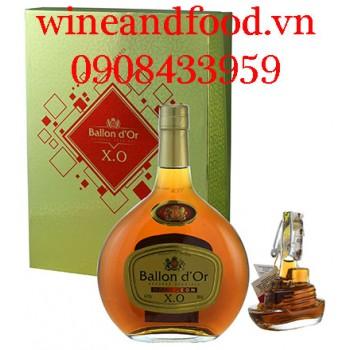 Rượu Brandy XO Ballon d'Or hộp quà kèm rượu mini