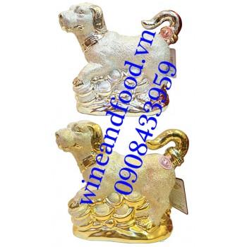 Rượu con chó nhũ vàng