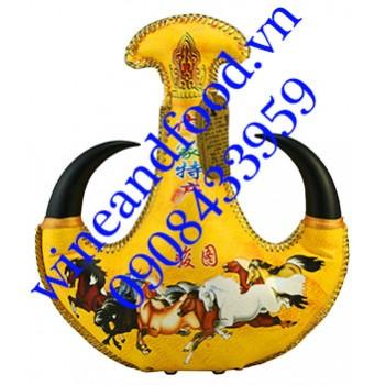 Rượu sữa ngựa Mông Cổ màu vàng 02 500ml