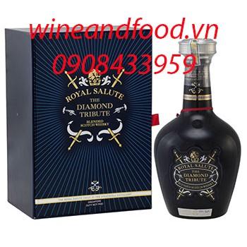 Rượu Chivas Diamond Tribute Royal Salute 700ml