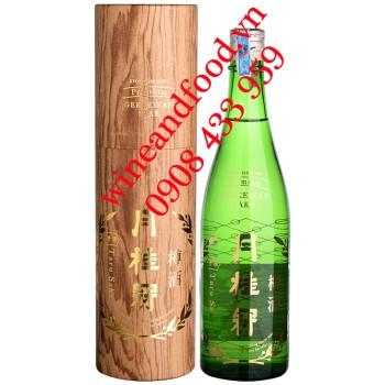 Rượu Premium Sake Gekkeikan Taru 720ml