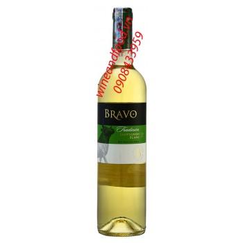 Rượu vang trắng Bravo Tradicion Sauvignon Blanc 750ml