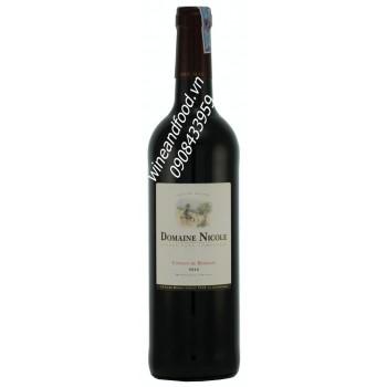 Rượu vang đỏ Domaine Nicole