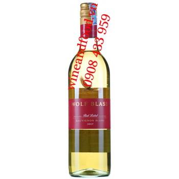 Rượu vang Wolf Blass Sauvignon Blanc Red Label 750ml