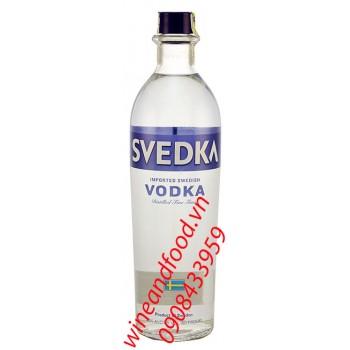 Rượu Vodka Svedka 750ml