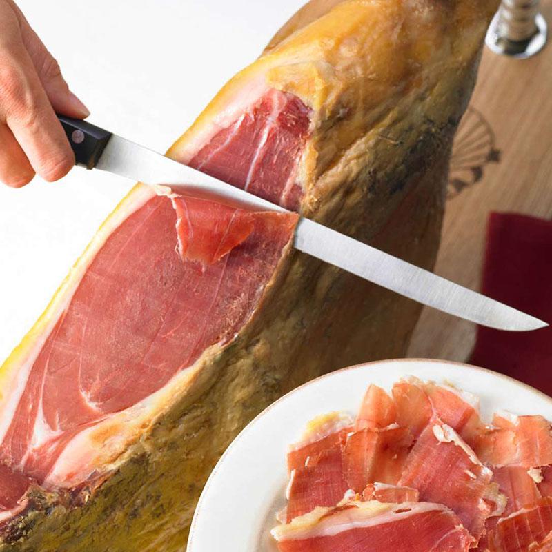 Thịt heo Iberico là loại duy nhất chứa chất béo Omega 9 có lợi cho người